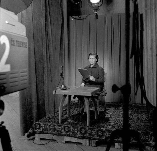 V historicky prvním studiu Televizních novin