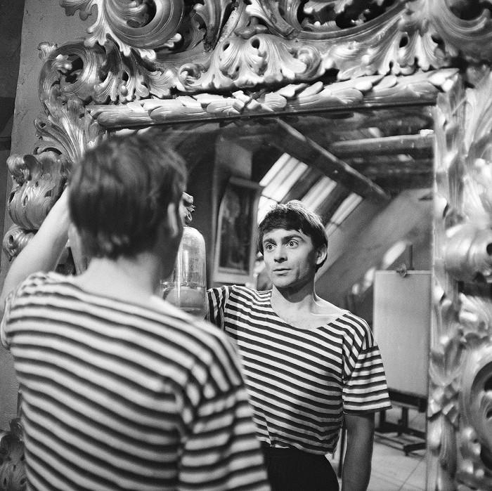 Tristan ve válečné tragikomedii slovenského režiséra Štefana Uhera z roku 1966 Panna zázračnica