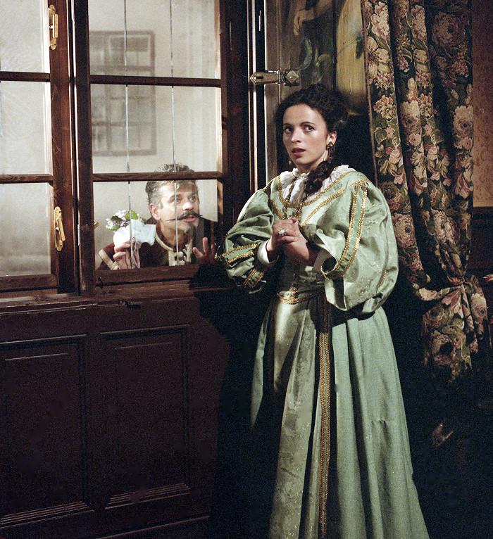 S Petrem Štěpánkem v romantické televizní inscenaci Vlasty Janečkové Osudné dveře