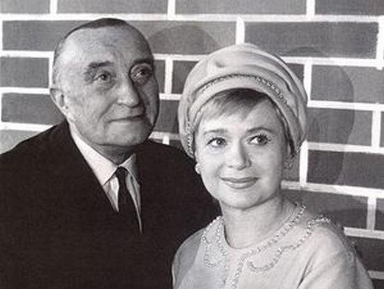 S Libuší Řídelovou v  představení divadla v Karlových Varech Julie, ty máš nápady