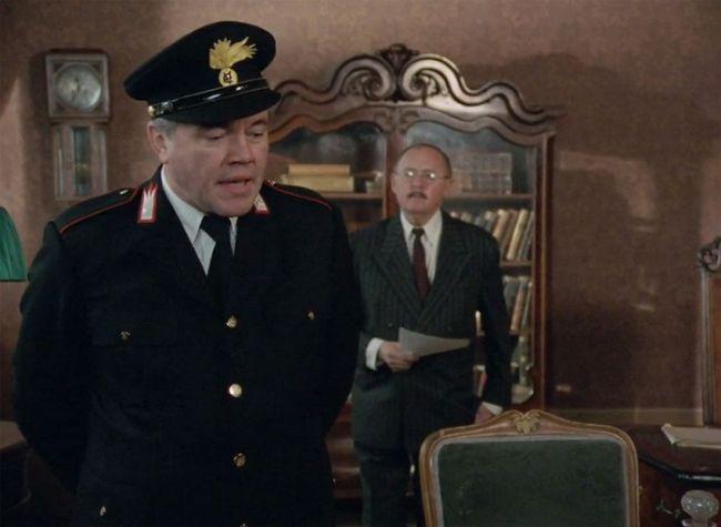 V roce 1989 s Lubomírem Lipským v seriálu Dobrodružství kriminalistiky