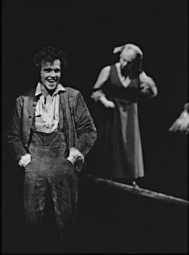 V roce 1972 v Divadle E. F. Buriana v představení Peer Gynt