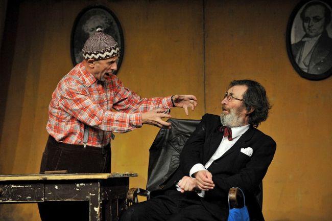 S Bolkem Polívkou v roce 2015 v divadelní hře Podivné odpoledne dr. Zvonka Burkeho