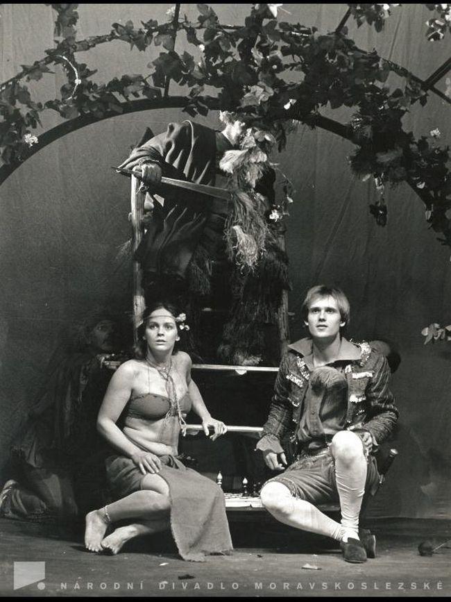 S Jitkou Smutnou a Bedřichem Kollinerem v Ostravě v roce 1981, v Shakespearově dramatu Bouře