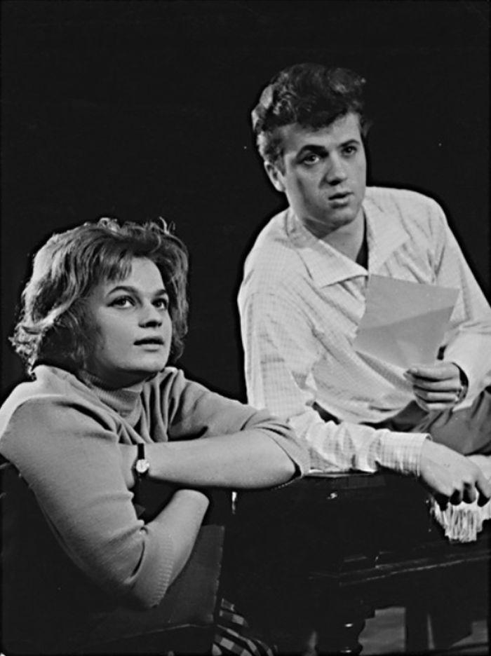 S Evou Tomečkovou v roce 1961, v představení Slováckého divadla Uherské Hradiště Nebezpečný věk