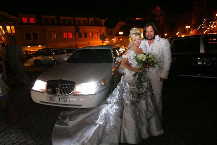 Velkolepá svatba s Ivetou Bartošovou