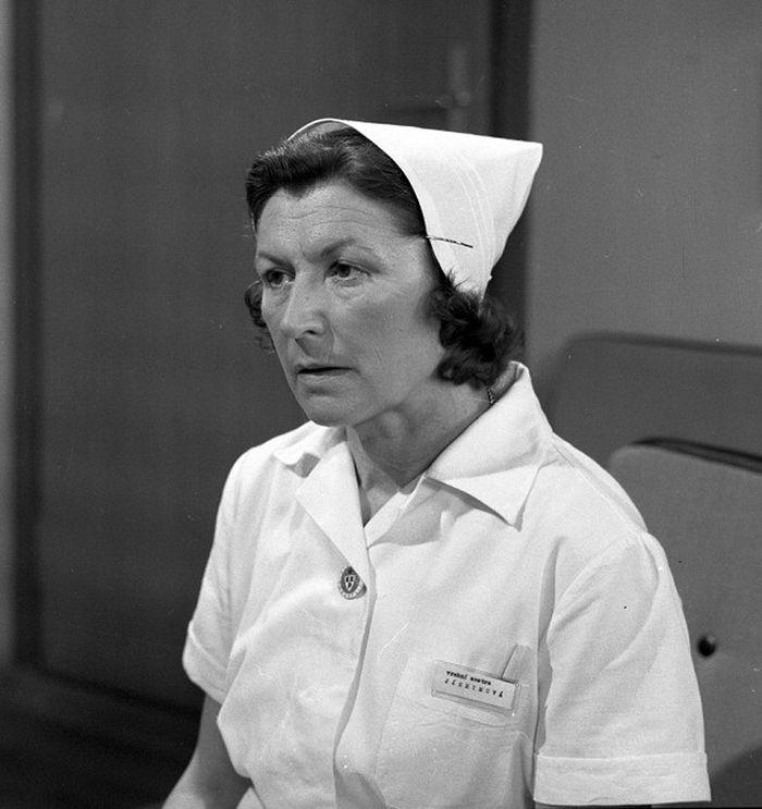 Vrchní sestra Jáchymová v seriálu Nemocnice na kraji města