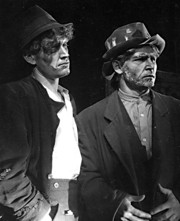 S Josefem Vaculíkem v roce 1948 v Divadle pracujících Zlín
