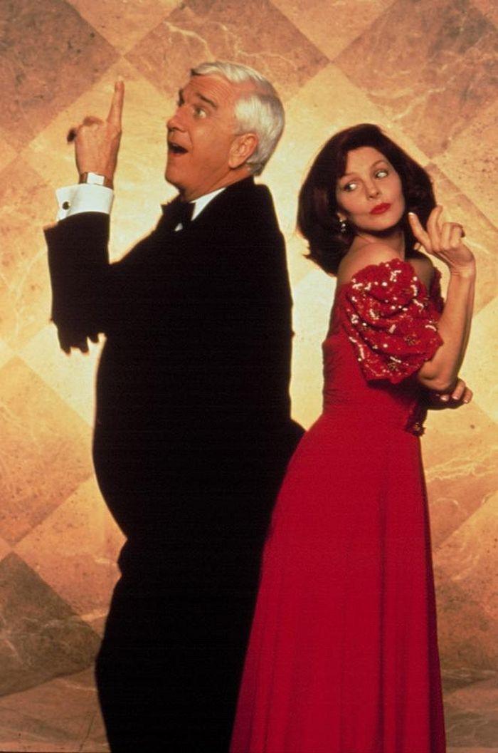 S Leslie Nielsenem v komedii Bláznivá střela 2 a1/2: Vůně strachu