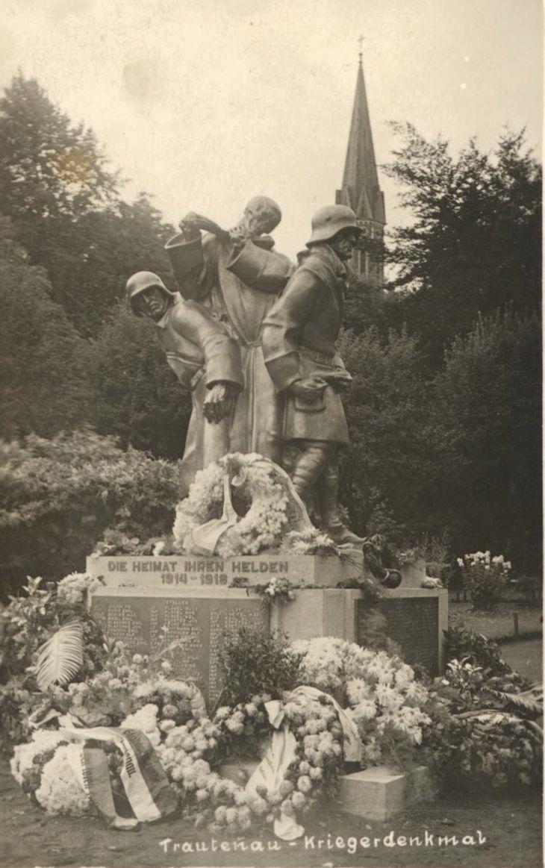 Původní socha Tanec smrti