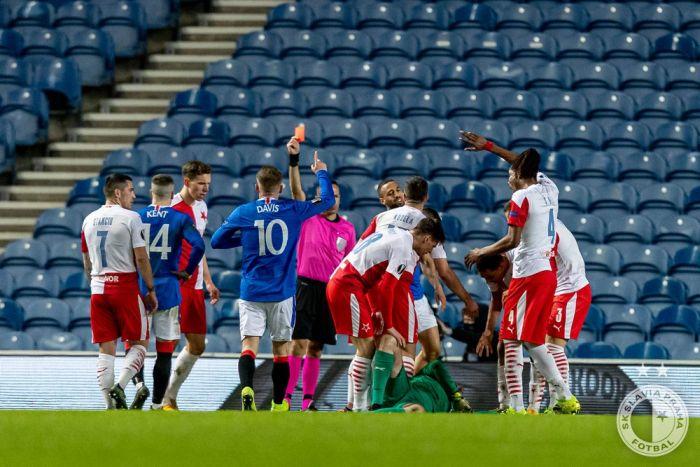 Zranění Ondřeje Koláře při zápase proti Rangers FC