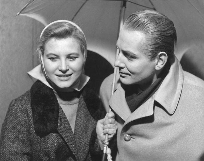 S Marií Tomášovou v roce 1957 v divadelní inscenaci Zlatý kočár