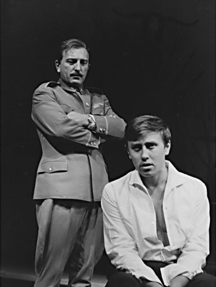 S Otakarem Brouskem ve slavném dramatu Karla Čapka Matka – Divadlo na Vinohradech v roce 1967