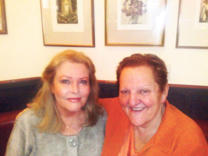 S kamarádkou Čirinou. Olga je stále krásná, i když si to nemyslí.