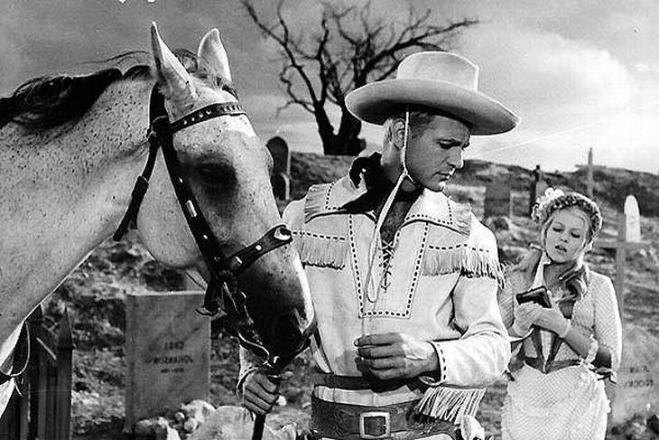 S Karlem Fialou ve slavné westernové parodii Limonádový Joe