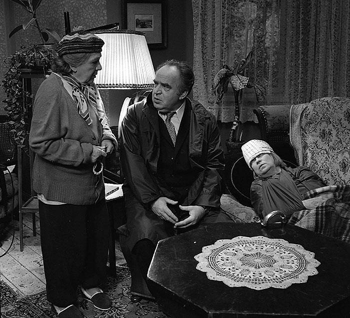 S Evou Svobodovou a Natašou Gollovou v komedii Drahé tety a já