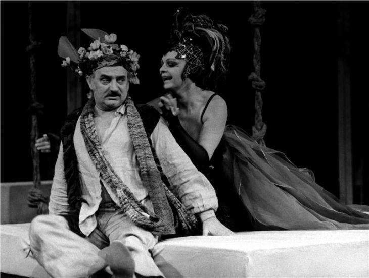 Na jevišti Národního divadla s Janou Hlaváčovou v roce 1984 v Shakespearově komedii Sen noci svatojánské