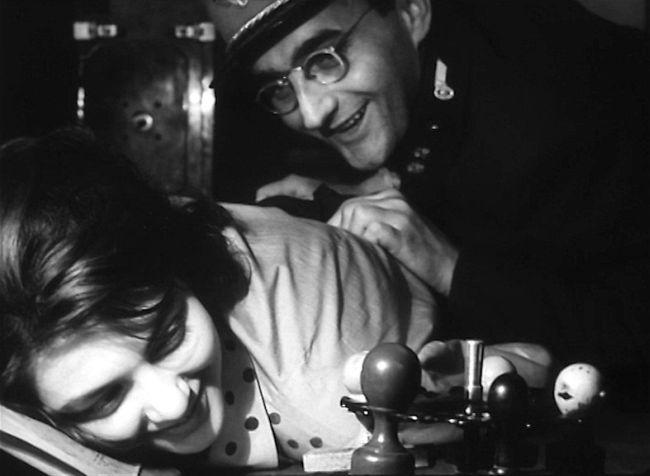 S Jitkou Zelenohorskou ve slavném filmu Jiřího Menzela Ostře sledované vlaky, natočeném v roce 1966 podle stejnojmenné novely Bohumila Hrabala