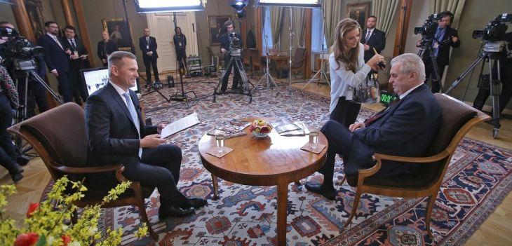 S prezidentem Milošem Zemanem - poslední minuty před natáčením