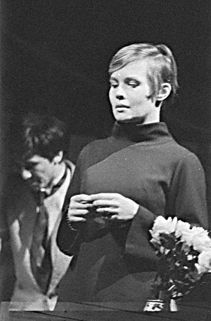 V divadle DAMU Disk v roce 1969, ve hře Františka Langera Periférie