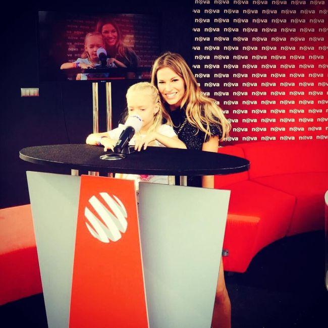 V televizním studiu s dcerou Ráchel