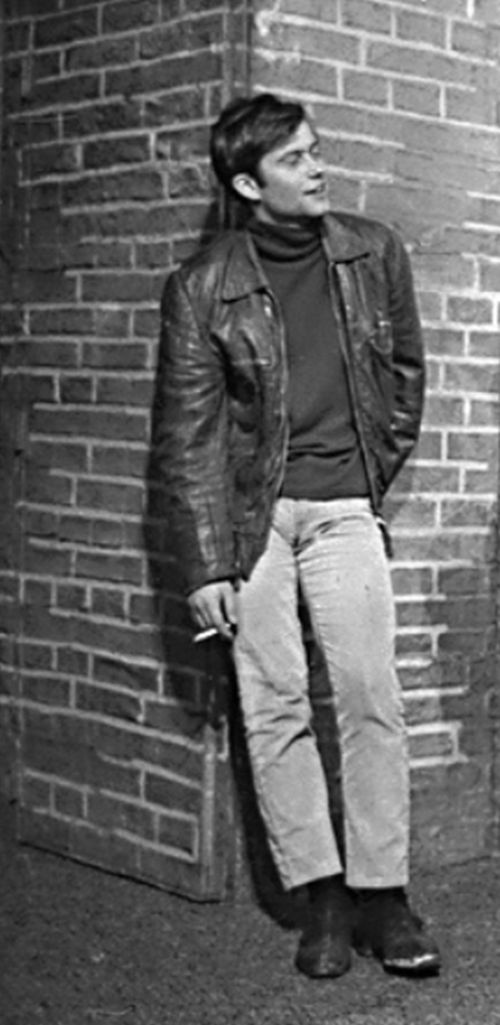 V psychologickém dramatu Edwarda Bonda Spaseni – Činoherní klub Praha 1968