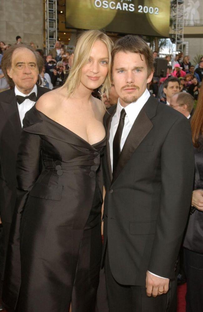 Druhý manžel Ethan Hawke je šťastně ženatý s někdejší chůvou svých a Uminých dětí
