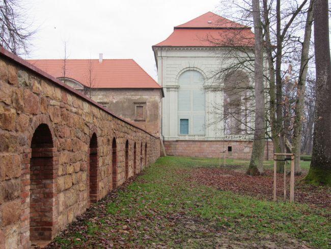 Lodžie s terasní zdí