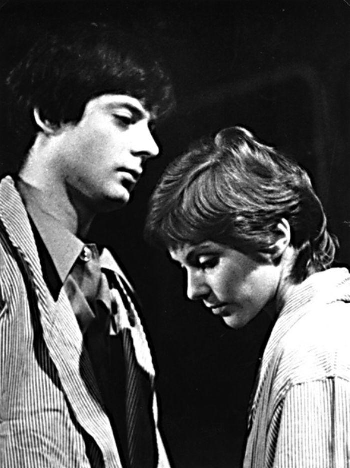 V Realistickém divadle v roce 1975, s Janem Hartlem v představení Venušin vrch