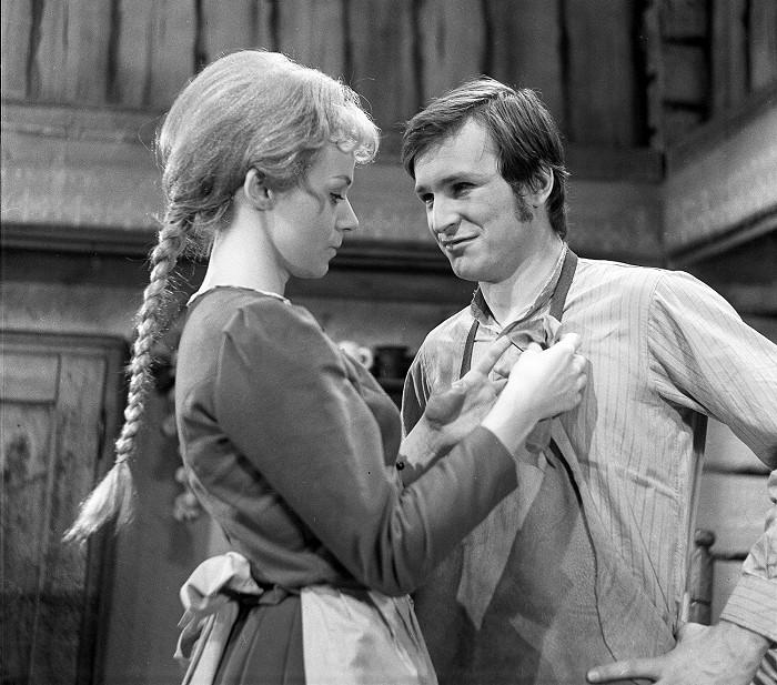 S Consuelou Morávkovou v roce 1970 v pohádce Jak se stal hastrman v Rokytnici ševcem