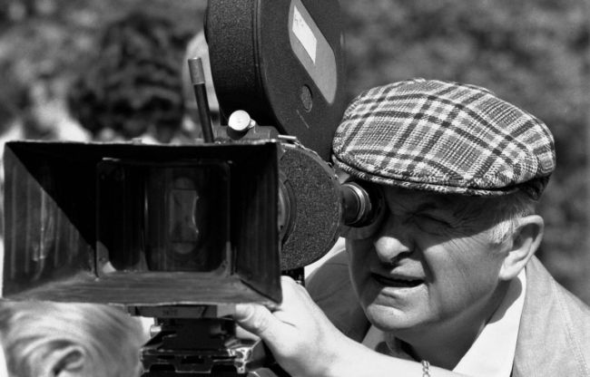 V roce 1975 při natáčení válečného dramatu  Osvobození Prahy