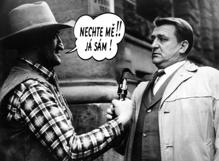 Majitel octavie a pistolník (Karel Effa) v legendární komiksové parodii režiséra Václava Vorlíčka Kdo chce zabít Jessii?