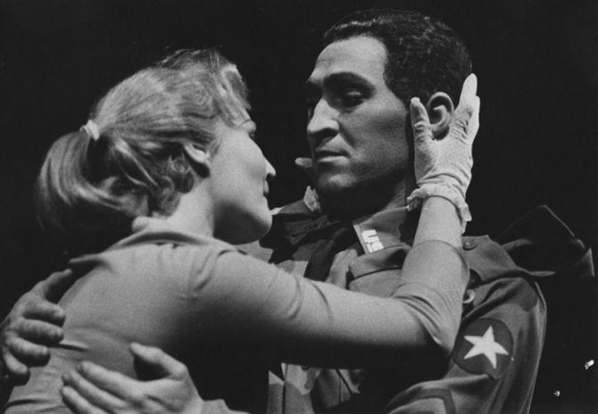 V plzeňském Divadle J. K. Tyla v roce 1959, s Jarmilou Zítkovou v představení Damoklův meč