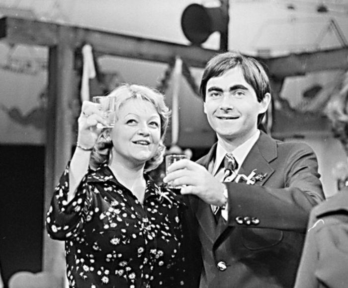 S Jindřichem Hinke v divadelní hře pedagoga a dramatika Jaromíra Sypala Napoleon z Doubku – Divadlo S. K. Neumanna 1977