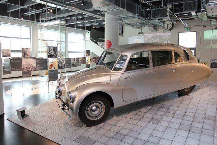 Tatra 87 Zikmund Hanzelka