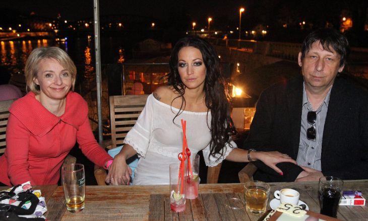 S Jiřím Hanychem a dcerou Agátou na oslavě jejích pětadvacetin