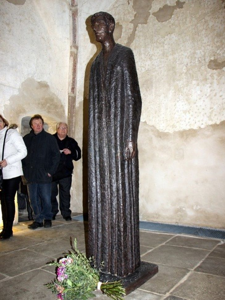 Poslední dílo Olbrama Zoubka - bronzová studie sochy pátera Toufara
