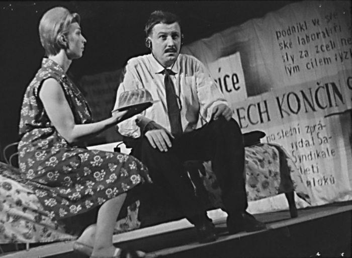 V roce 1963 v Hradci Králové, jako Rudolf Povondra v adaptaci románu Karla Čapka Válka s mloky