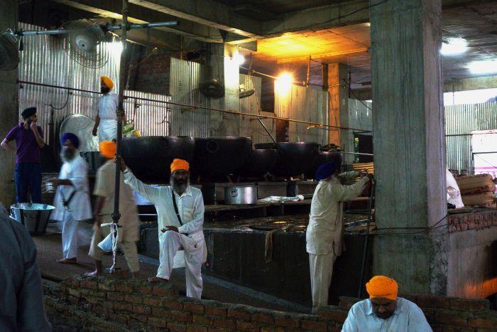Kuchyně langaru v Amritsaru
