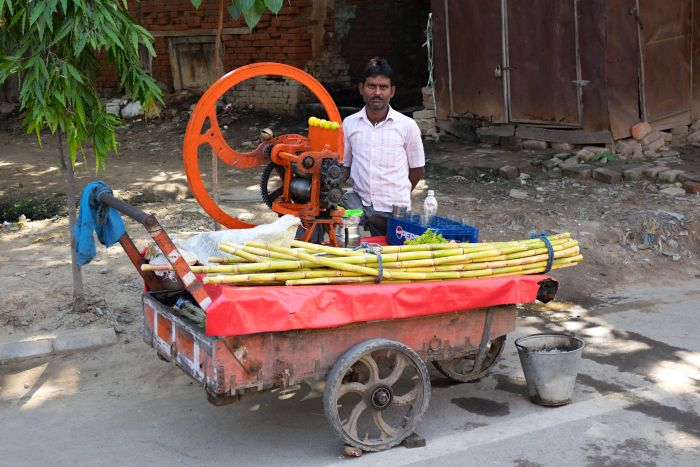 Prodejce šťávy z cukrové třtiny