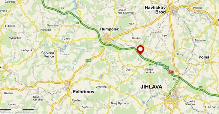 Místo kolize s vlkem na D1 u Skorkova