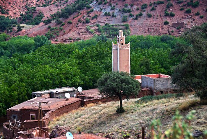 Mešita v horské vesnici Imsker
