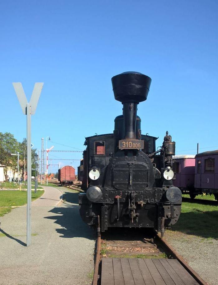 Parní lokomotiva 310.006