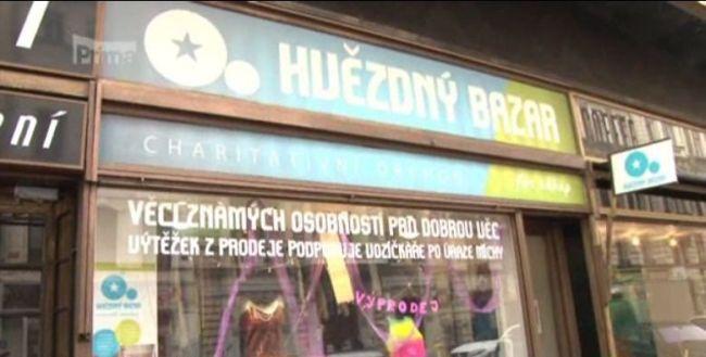 Soška Anděla byla ukradena v krámku Hvězdný bazar v pražské Jungmannově ulici