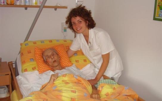 Kraj Vysočina: Sedm miliónů na domácí hospicovou péči