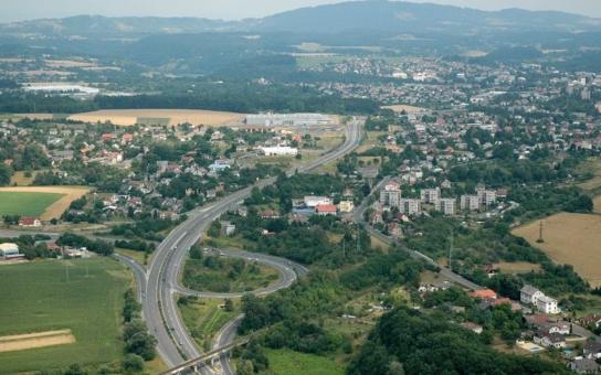 Věci veřejné: Dálnici R-35 řeší kraj a ministerstva už desítku let