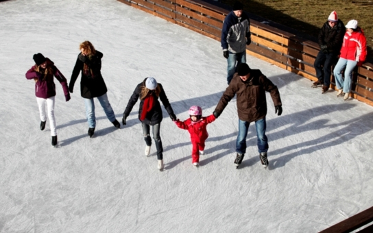 Praha sportovní: Zimní stadiony a veřejná kluziště, kam zajít?
