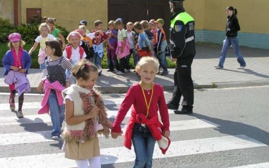 Věci veřejné: Na zelenou aneb Bezpečné cesty do školy