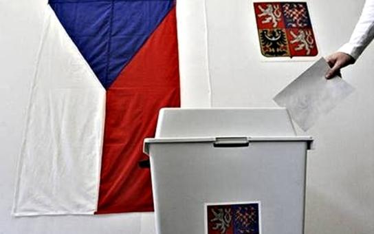 Třetí věk: Volby vyhrál Miloš Zeman … a zase jsme rozpolcení