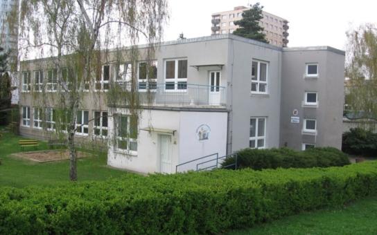 Praha 10: Více míst ve školkách už letos